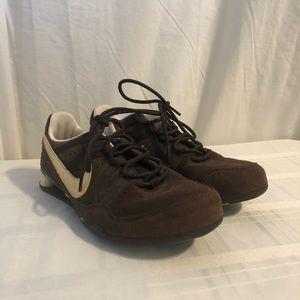 Nikeshox Women's Brown Sneakers